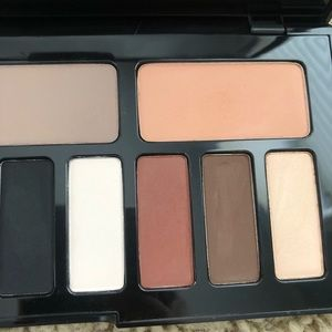 Kat Von D Makeup - Kat Von D Shade + Light Eye Contour Palette